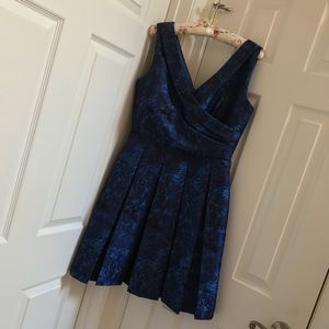 EUC Gorgeous Brocade Blue Cocktail Formal Dress